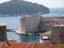 bay_and_old_wall_in_dubrovnik_dsc03187.jpg